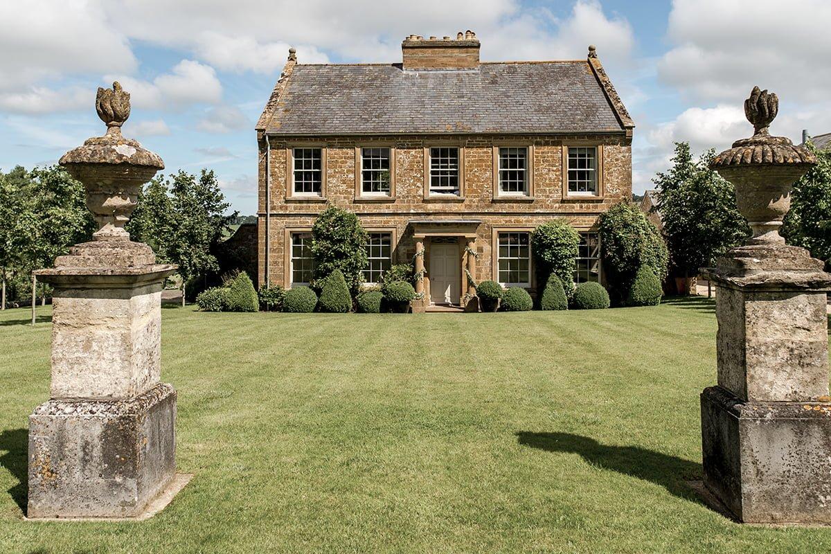 Axnoller House