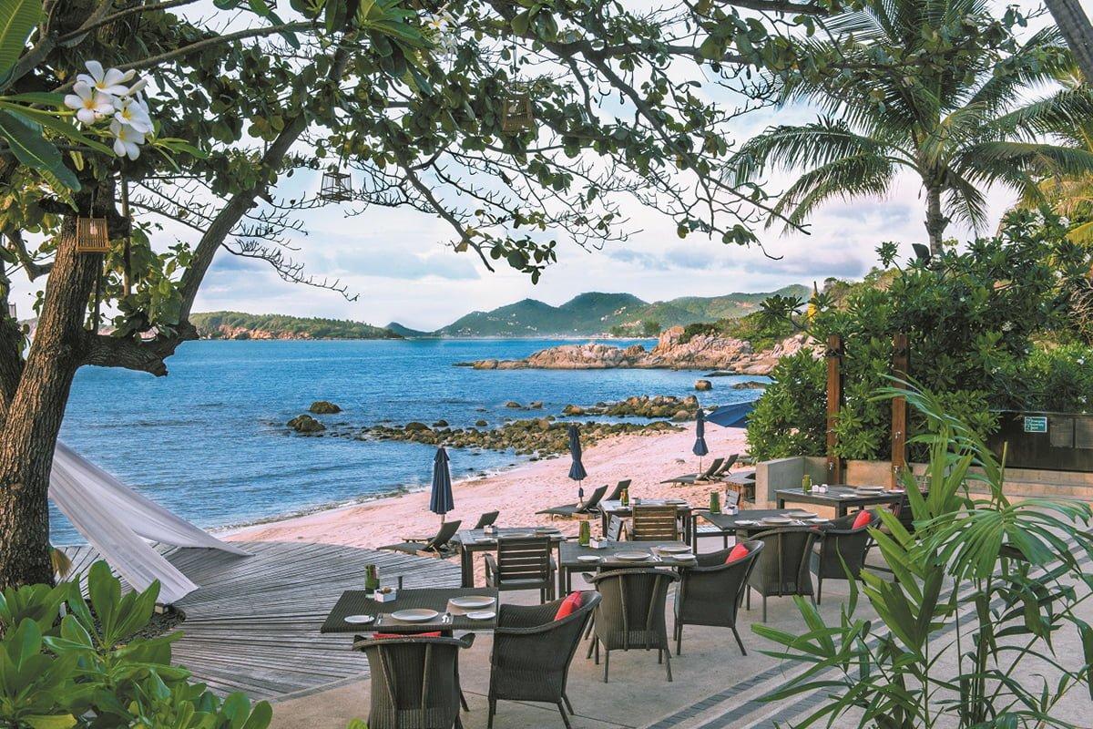 Outrigger Koh Samui Edgewater Beachside Dining