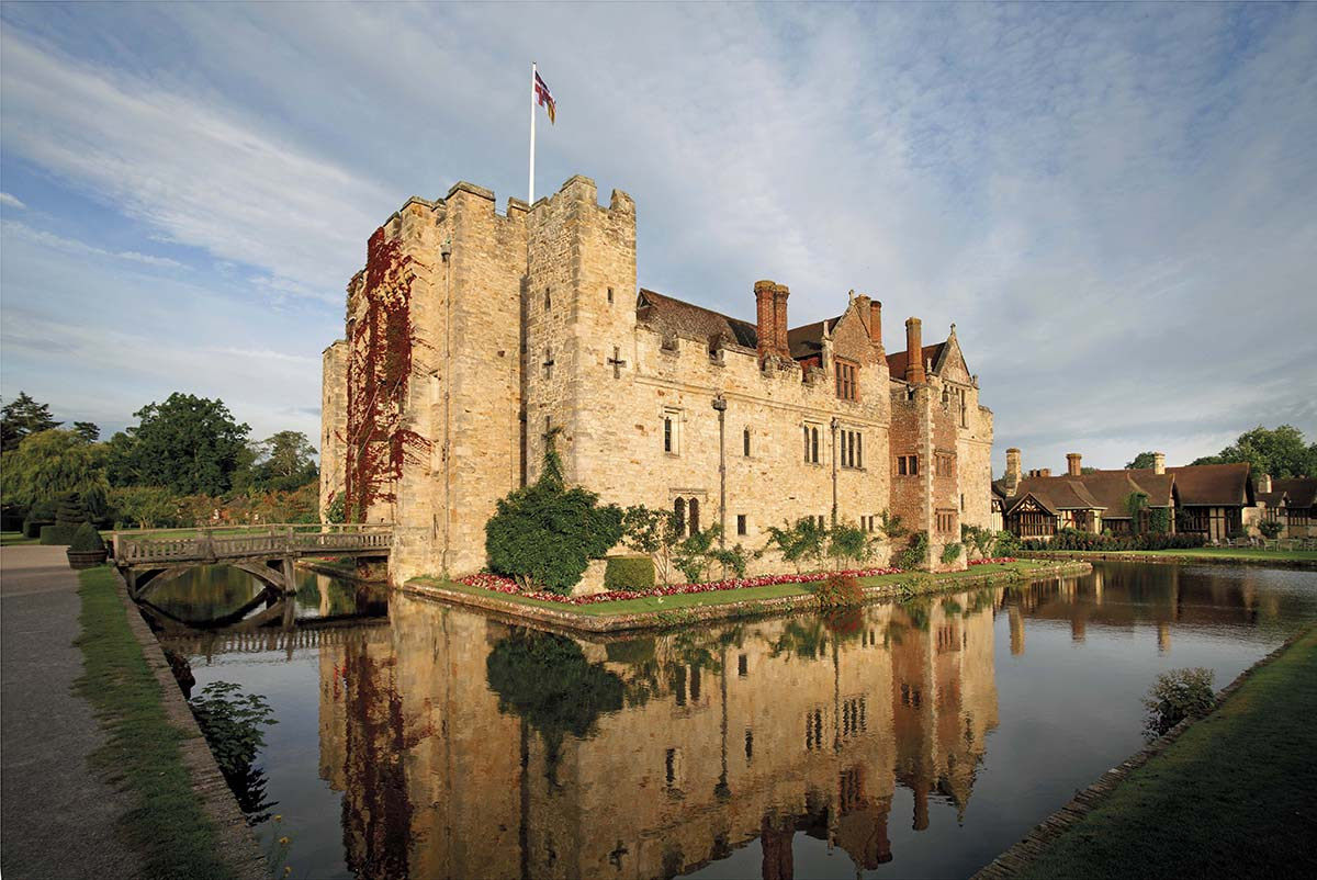 Hever Castle, Kent - 10 of the Best Waterside Venues