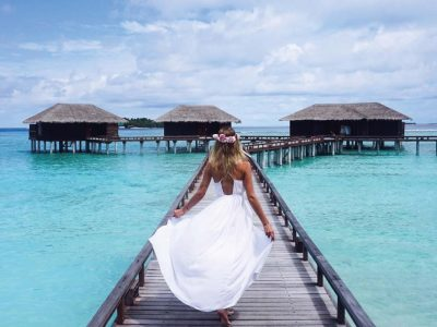 insta-worthy weddings abroad Sheraton Maldives