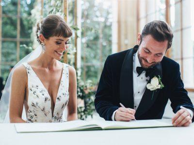 Kew Gardens signing register Hattie and Brendan