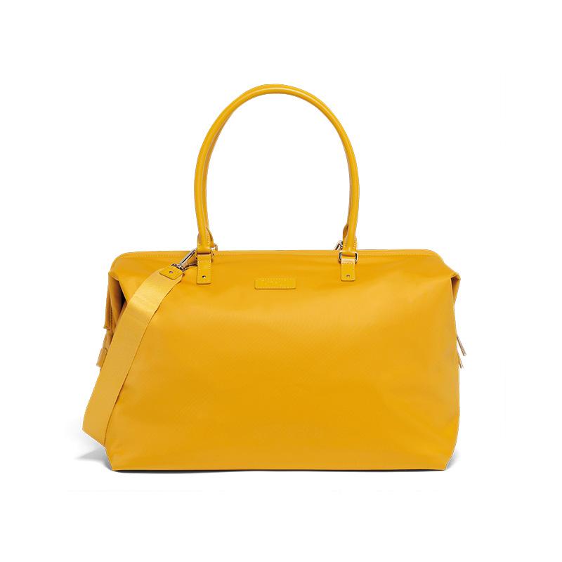 capsule wardrobe Lipault mustard weekend