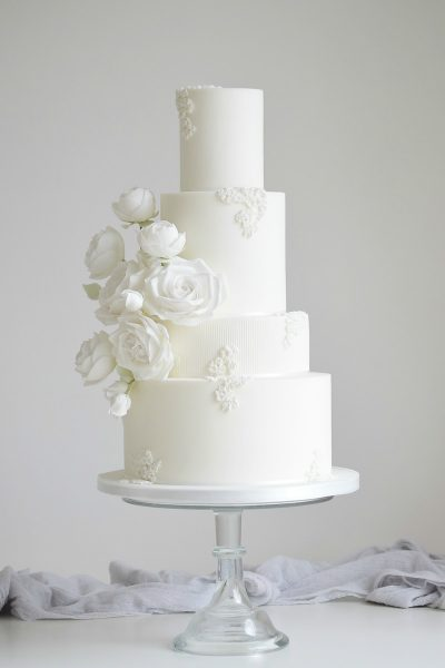 Floral wedding cakes_Cotton & Crumbs