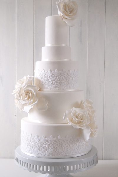 Floral wedding cakes_Makiko Searle