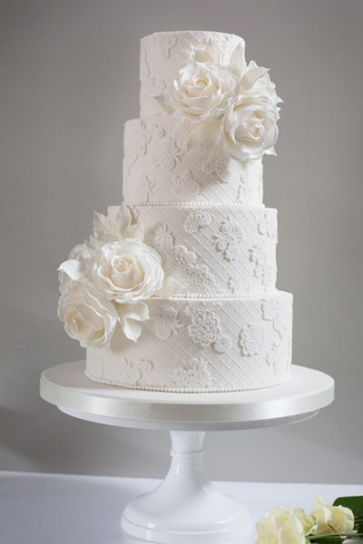Floral wedding cakes_Poppy Pickering
