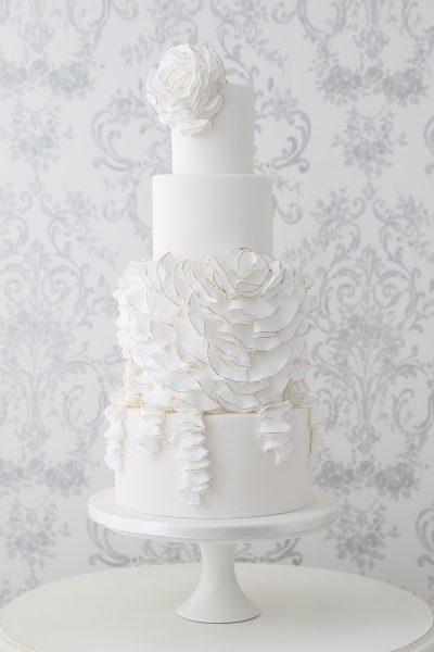 Floral wedding cakes_Zoe Clark Cakes