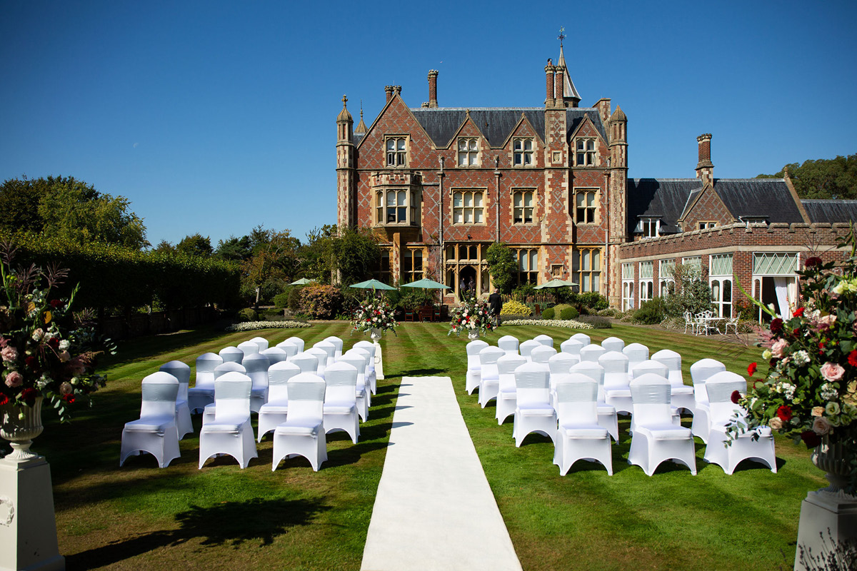 Horsted Place outdoor ceremony