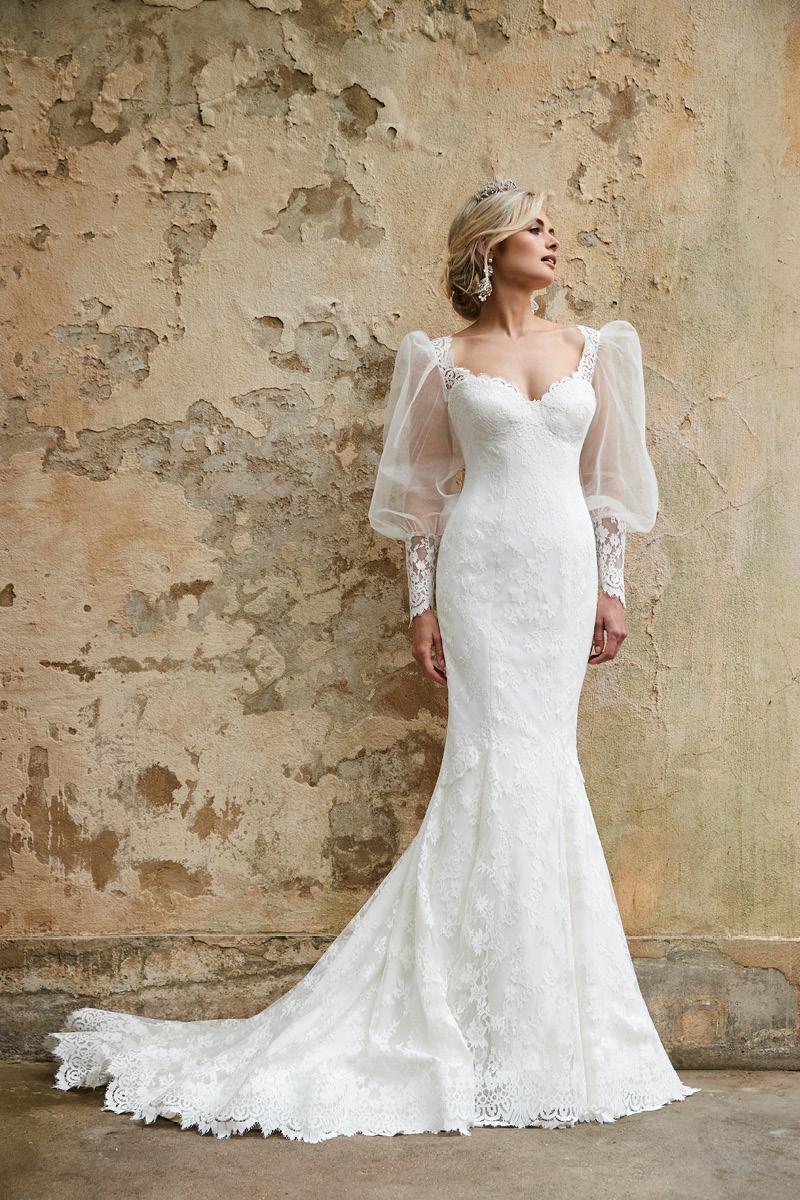 Sassi Holford Astoria 2021 Collection_Savannah and sleeves