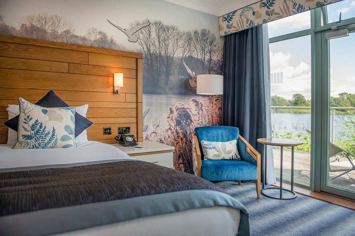 De Vere Cotswold Water Park bedroom